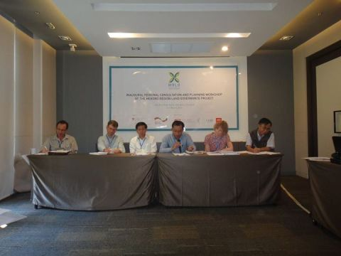 The panel of the MRLG Regional Consultation and Planning Worksho. Photo by NGO Forum on Cambodia. Retrieved from https://www.facebook.com/ngoforumoncambodia/photos/pcb.508647725944344/508647652611018/?type=1&theater