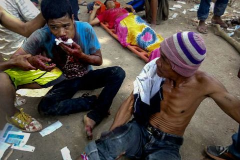Wounded protesters demanding government assistance in the wake of drought in North Cotabato. Photo by ABS-CBN Network.